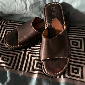 Women's Born Sandals Size 9